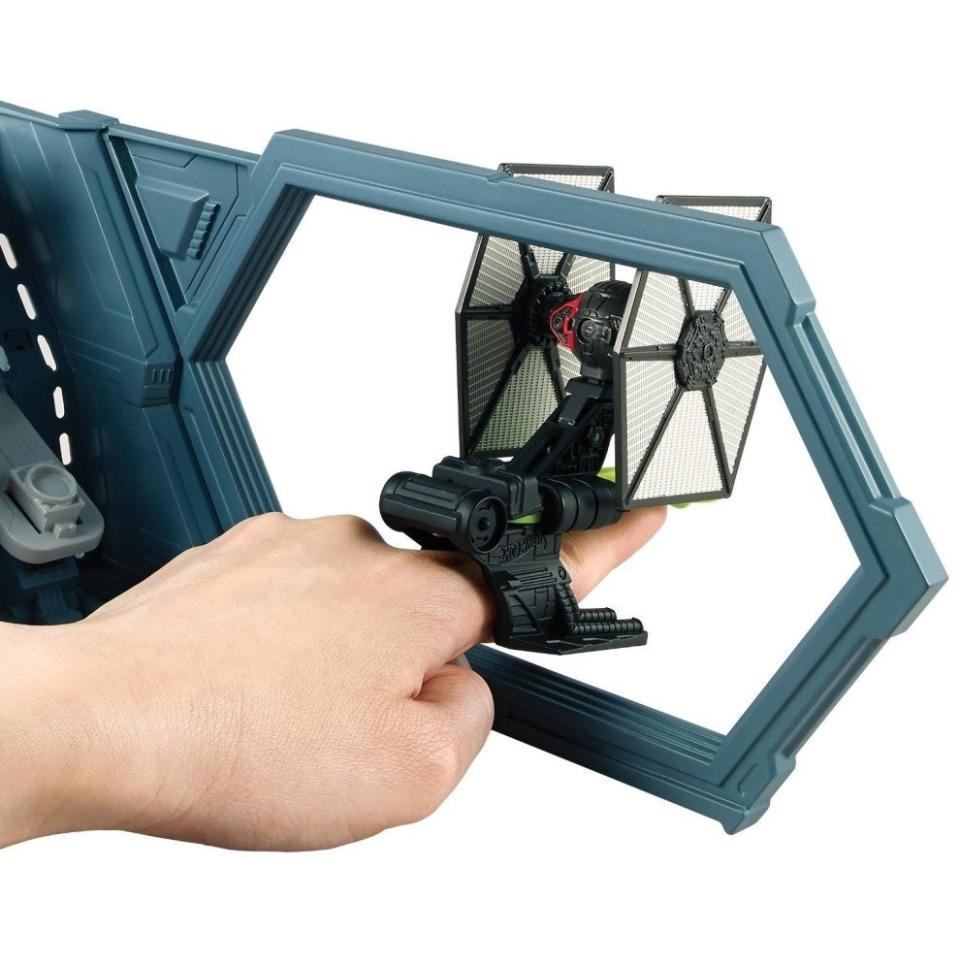 Obrázek 3 produktu Hot Wheels SW Bitva se stíhačkou Tie Fighter, Mattel CMT37