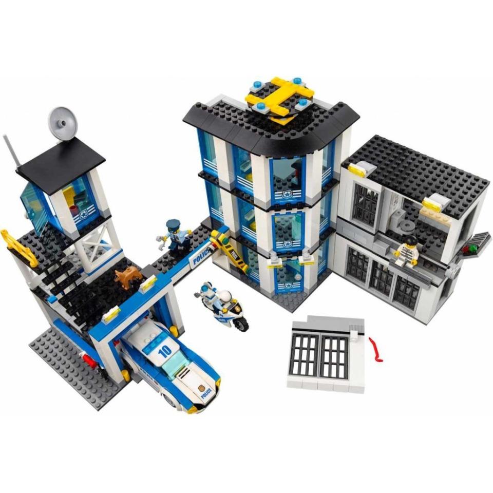 Obrázek 3 produktu LEGO CITY 60141 Policejní stanice