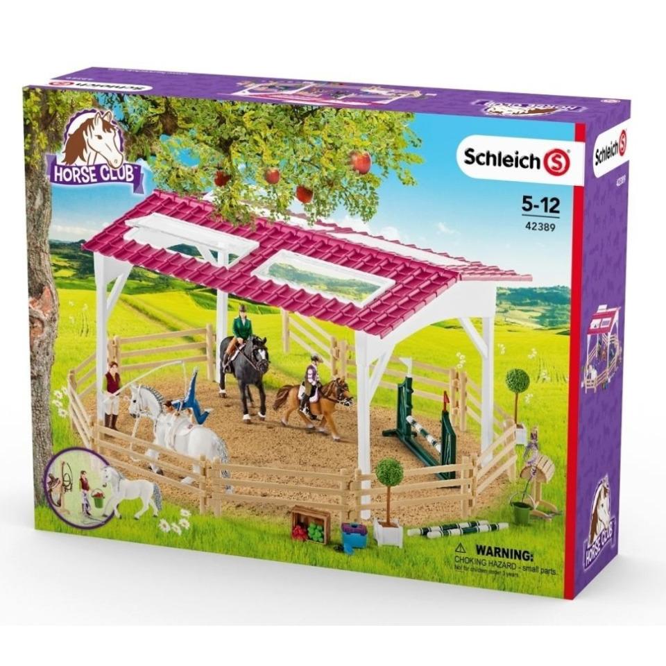 Obrázek 1 produktu Schleich 42389 Jezdecká škola s jezdci a koňmi