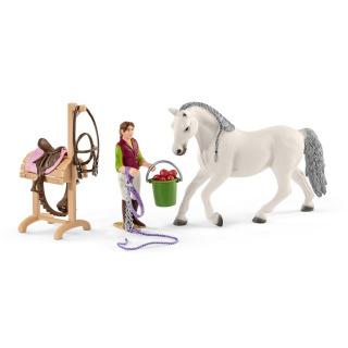 Obrázek 4 produktu Schleich 42389 Jezdecká škola s jezdci a koňmi