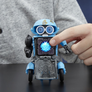 Obrázek 3 produktu Transformers: Poslední rytíř Interaktivní figurka Autobot Sqweeks ,Hasbro C3481