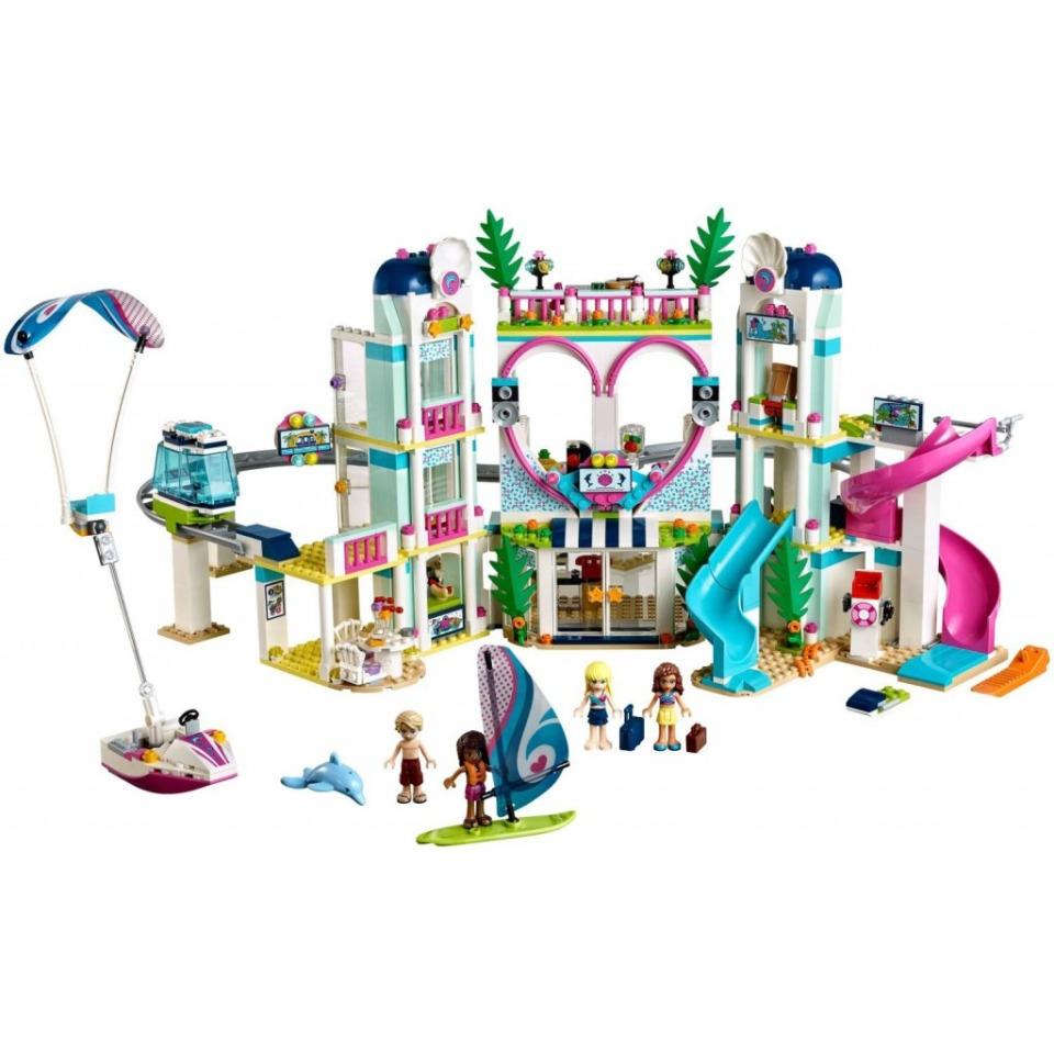 Obrázek 1 produktu LEGO Friends 41347 Resort v městečku Heartlake