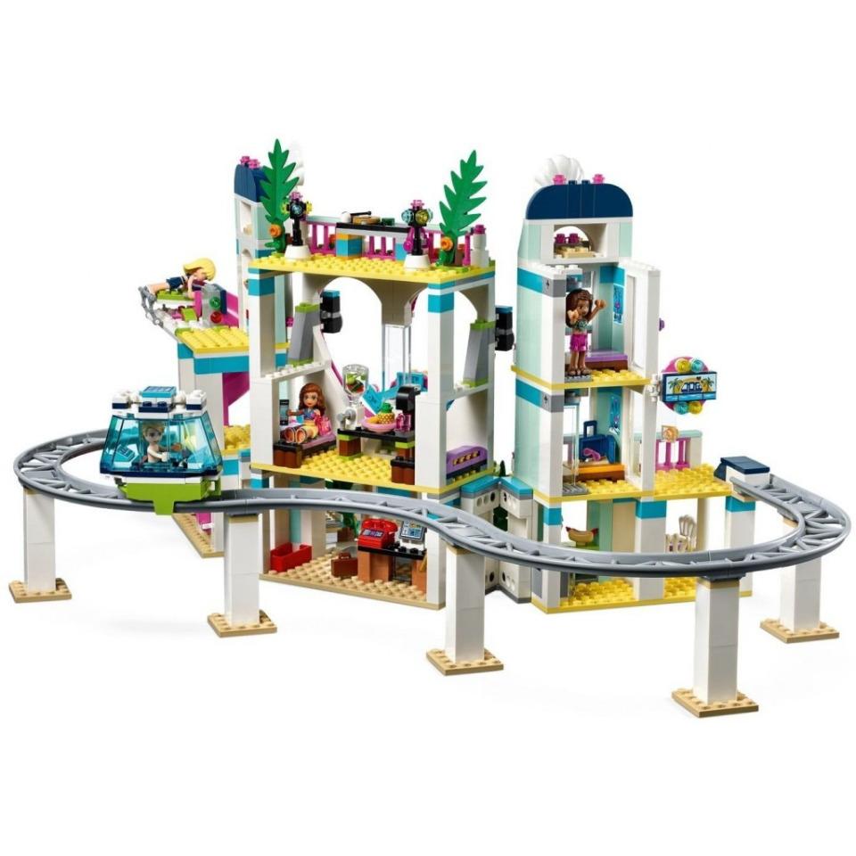 Obrázek 3 produktu LEGO Friends 41347 Resort v městečku Heartlake