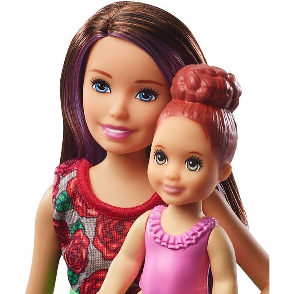Obrázek 2 produktu Barbie Chůva herní set v koupelně, Mattel FXH05