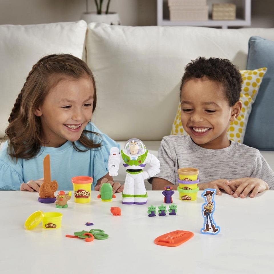 Obrázek 2 produktu Play Doh Toy Story Buzz rakeťák