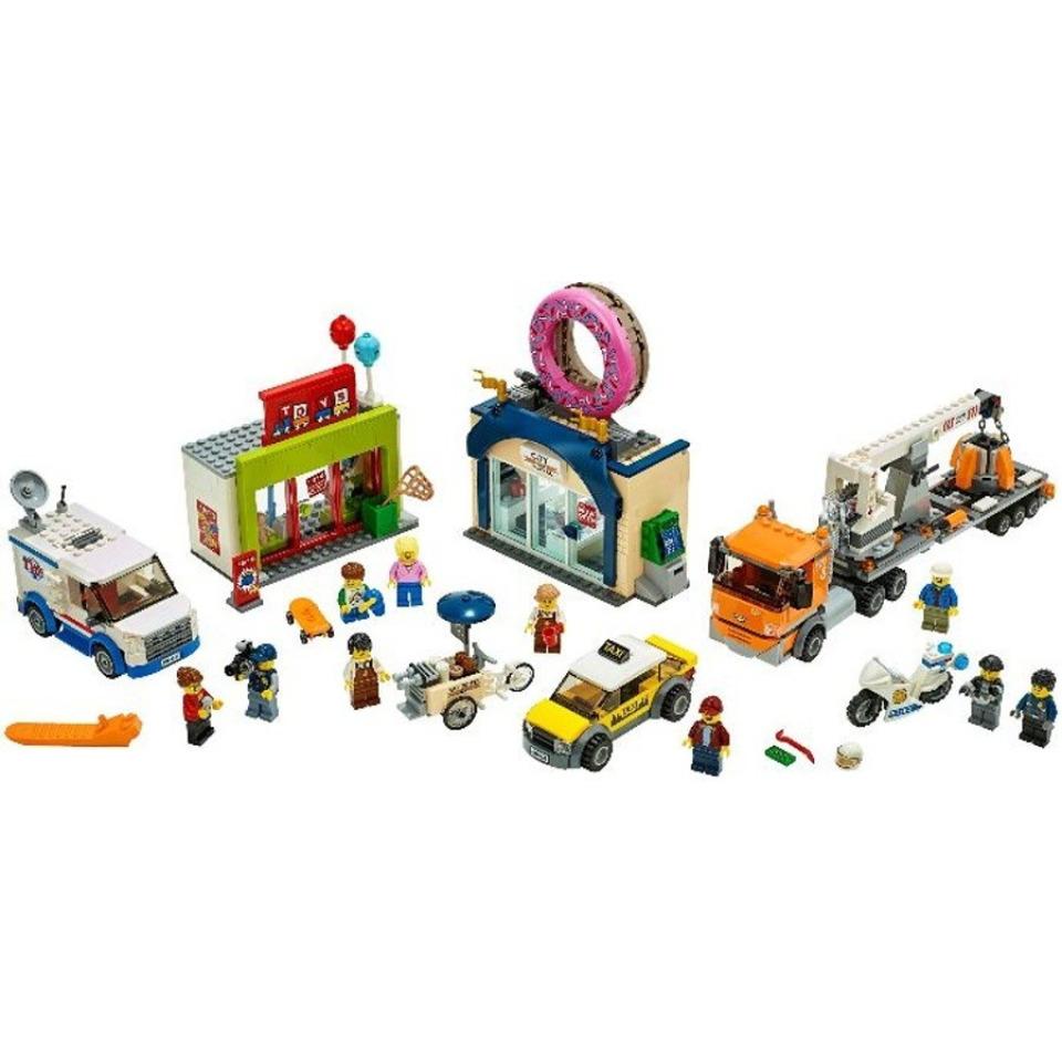 Obrázek 1 produktu LEGO CITY 60233 Otevření obchodu s koblihami