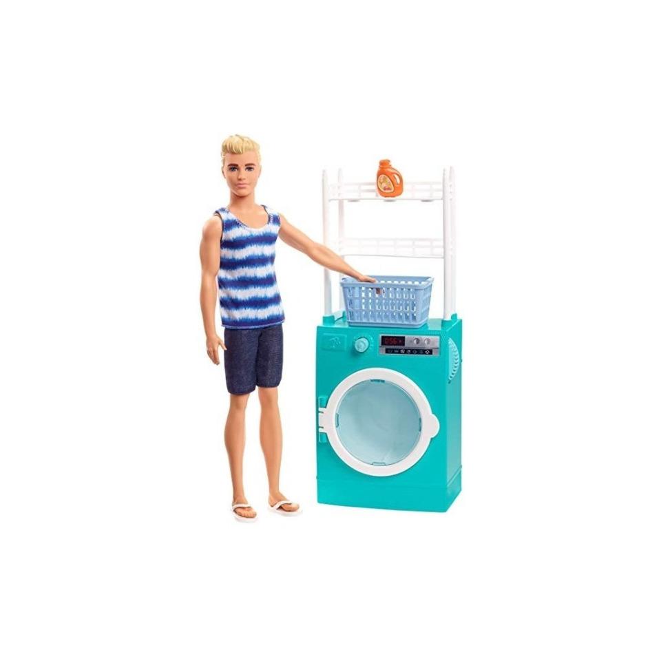 Obrázek 1 produktu Barbie Ken s nábytkem - Automatická pračka, Mattel FYK52