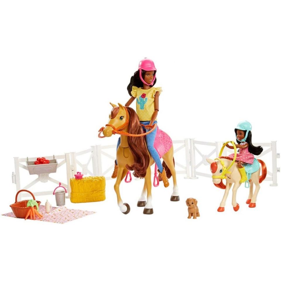 Obrázek 3 produktu Mattel Barbie Herní set s koníky brunetka, FXH16