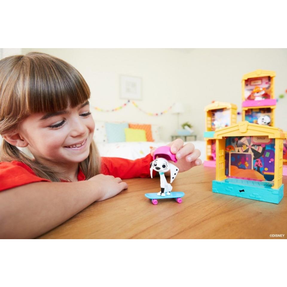 Obrázek 2 produktu 101 Dalmatinů, figurka v domečku Dolly, Mattel GBM28