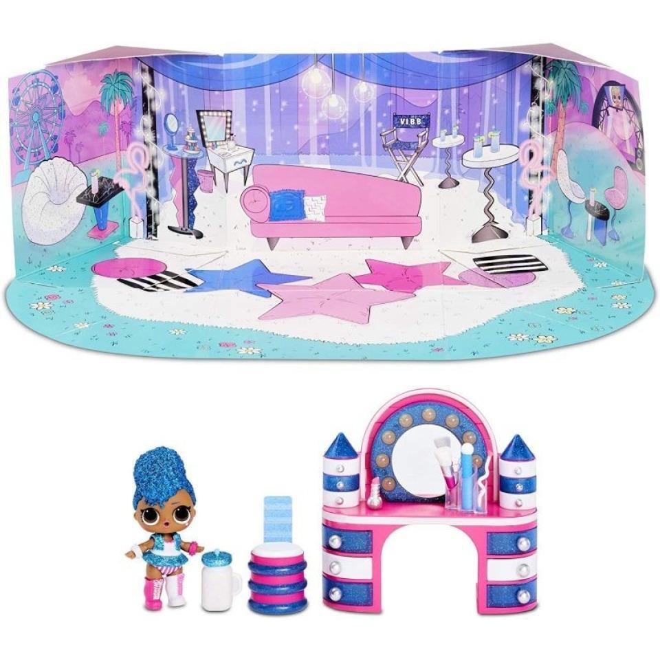 Obrázek 3 produktu MGA L.O.L. SURPRISE Nábytek s panenkou: Backstage & Independant Queen