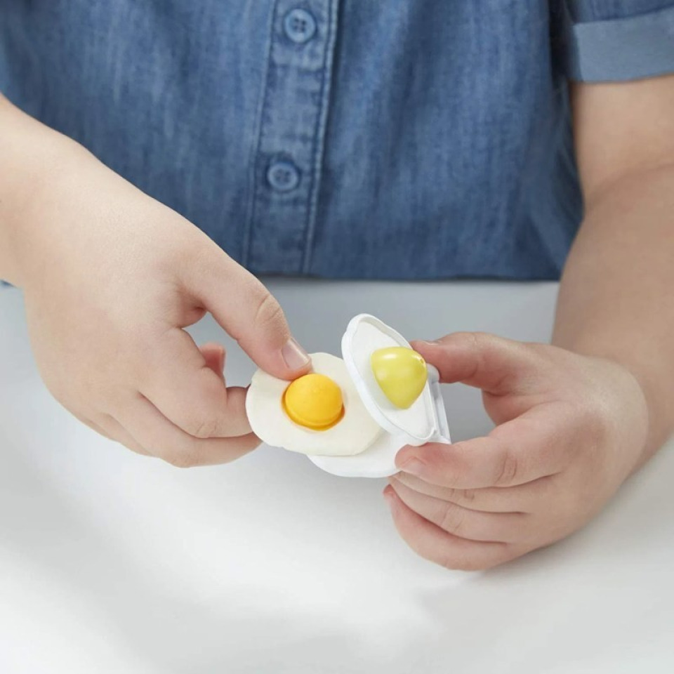 Obrázek 4 produktu Play Doh Animals kvokající kuře, Hasbro E6647