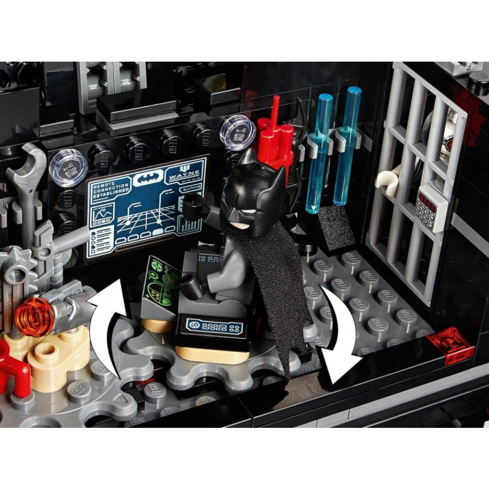 Obrázek 4 produktu LEGO Super Heroes 76160 Mobilní základna Batmana