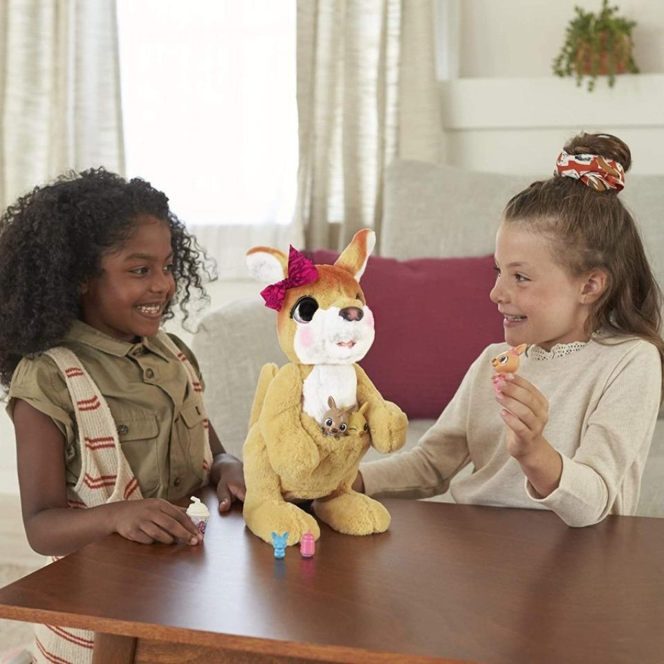 Obrázek 2 produktu FurReal Friends Klokanice Josefínka, Hasbro E6724