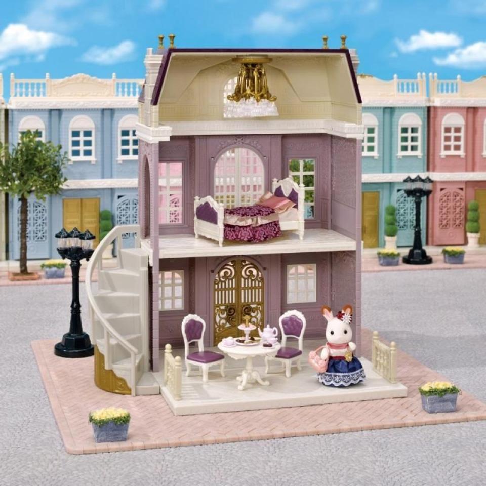 Obrázek 4 produktu Sylvanian Families 5391 Dárkový set - Elegantní městský dům s příslušenstvím