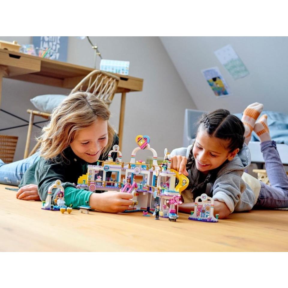 Obrázek 4 produktu LEGO Friends 41450 Nákupní centrum v městečku Heartlake