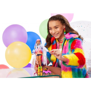 Obrázek 4 produktu Barbie Extra Stylová dlouhovláska s pejskem v autě, Mattel GRN29