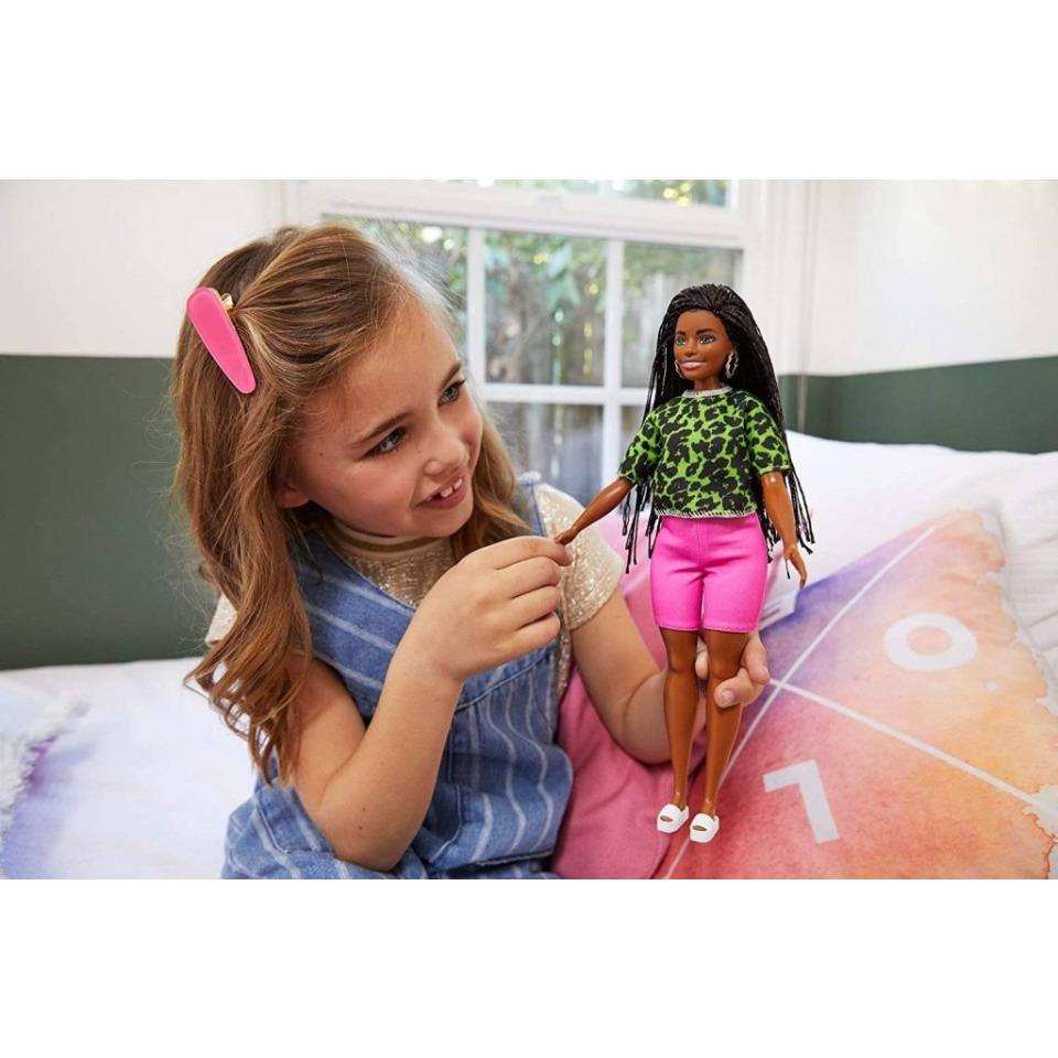 Obrázek 3 produktu Barbie modelka 144, Mattel GYB00