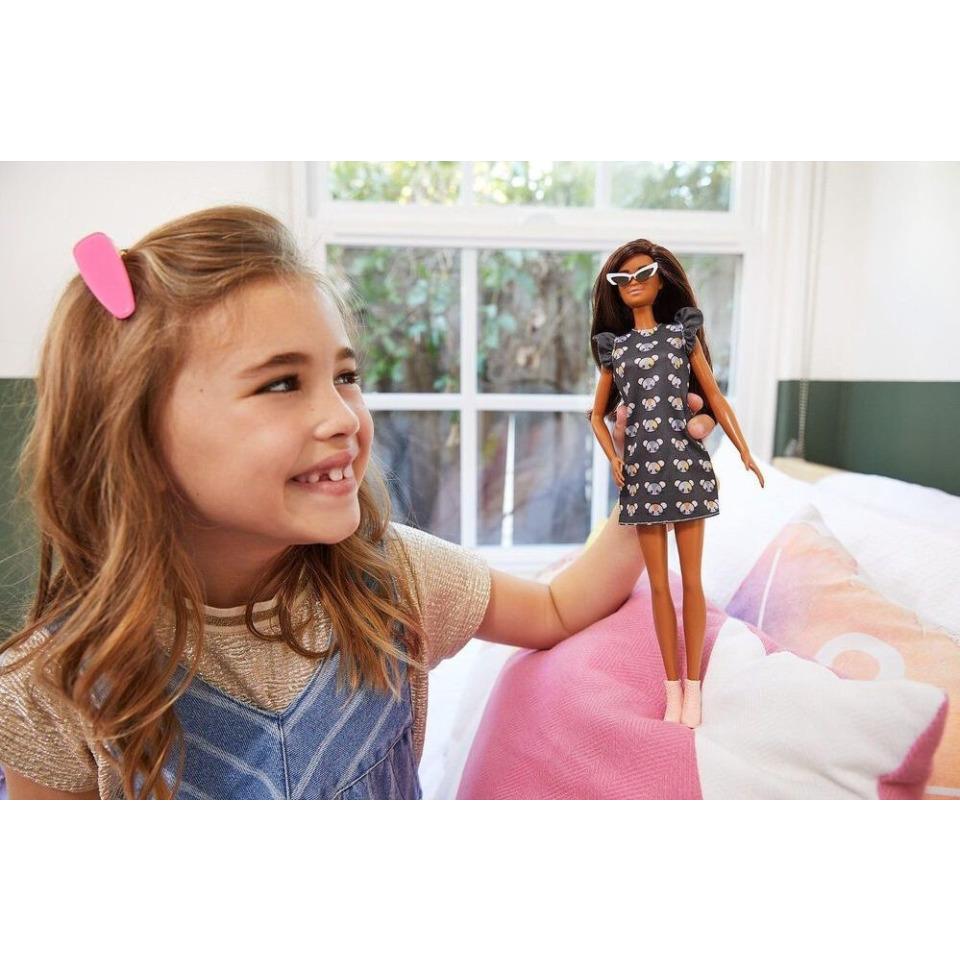 Obrázek 4 produktu Barbie modelka 140, Mattel GYB01