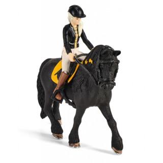 Obrázek 3 produktu Schleich 42437 Stáj s koněm klubová, Tori + Princess