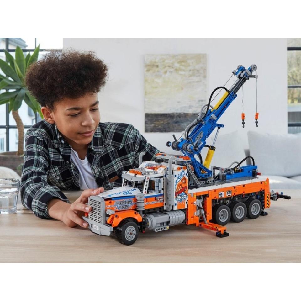 Obrázek 4 produktu LEGO TECHNIC 42128 Výkonný odtahový vůz