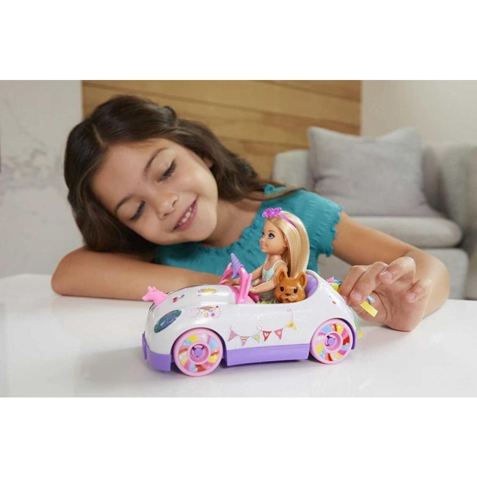 Obrázek 3 produktu Mattel Barbie Chelsea a kabriolet s nálepkami, GXT41