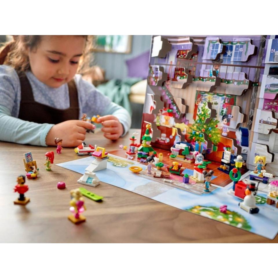 Obrázek 2 produktu LEGO Friends 41690 Adventní kalendář