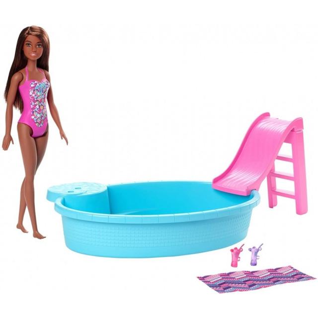 Obrázek produktu Mattel Barbie panenka brunetka a bazén se skluzavkou, GHL92