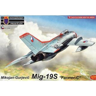 Obrázek 1 produktu MiG-19S Farmer-C 1:72